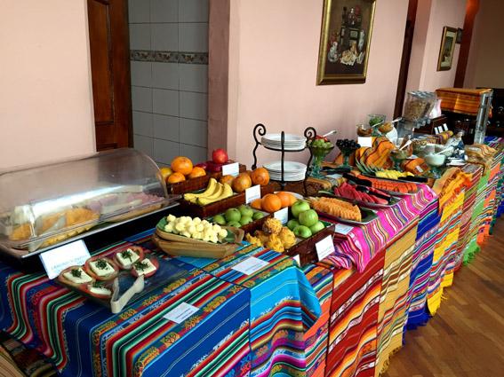 Hotel Patio Andaluz Quito - cafe da manha
