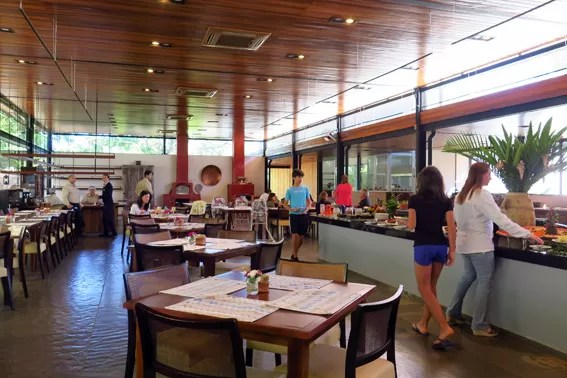 restaurante-fazenda-capoava