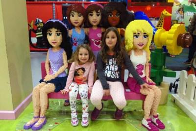 Legoland Discovery Centre friends