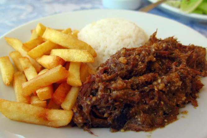 Barreado prato tradicional de Morretes