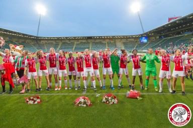 02-06-2017: Voetbal: Vrouwen Ajax v PSV: Den Haag Ajax beker winnaar 2016-2017
