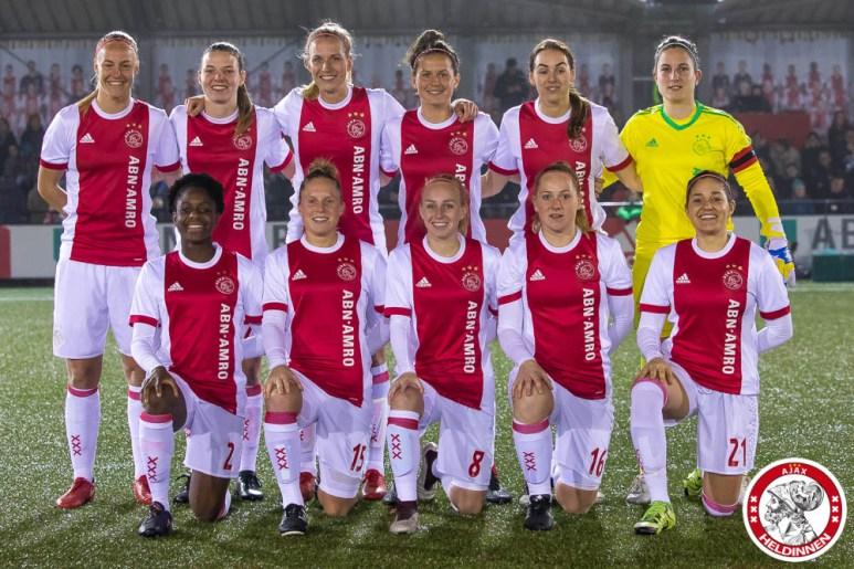 26-01-2018: Voetbal: Vrouwen Ajax v vv Alkmaar: Amsterdam eredivisie vrouwen Sportpark de toekomst seizoen 2017-2018 L-R Team foto Ajax