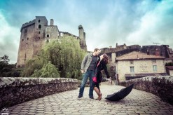 Château de Clisson located in Brittany France, has weather similar to the Pacific Northwest. You can go from rain to sunshine every 5 minutes. One thing that can be for sure, a strong chance of a kiss is in the forecast for this French couple.