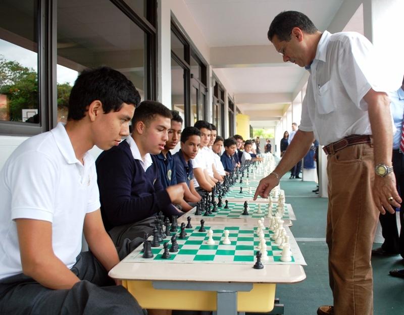 Simultánea Colegio Seks de Las Américas, sept 2015