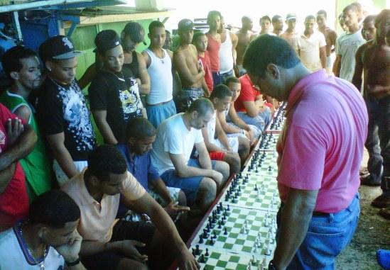 Simultánea en la Cárcel de Higüey 09-2011