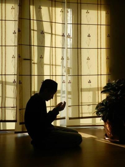 prayer-963859_1280