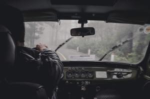 Joka neljäs kuljettaja ollut nukahtaa rattiin – Tutkija: Monen kuolonkolarin taustalla on väsymys