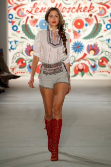 ss-2018_fashion-week-berlin_DE_0255_lena-hoschek_71709