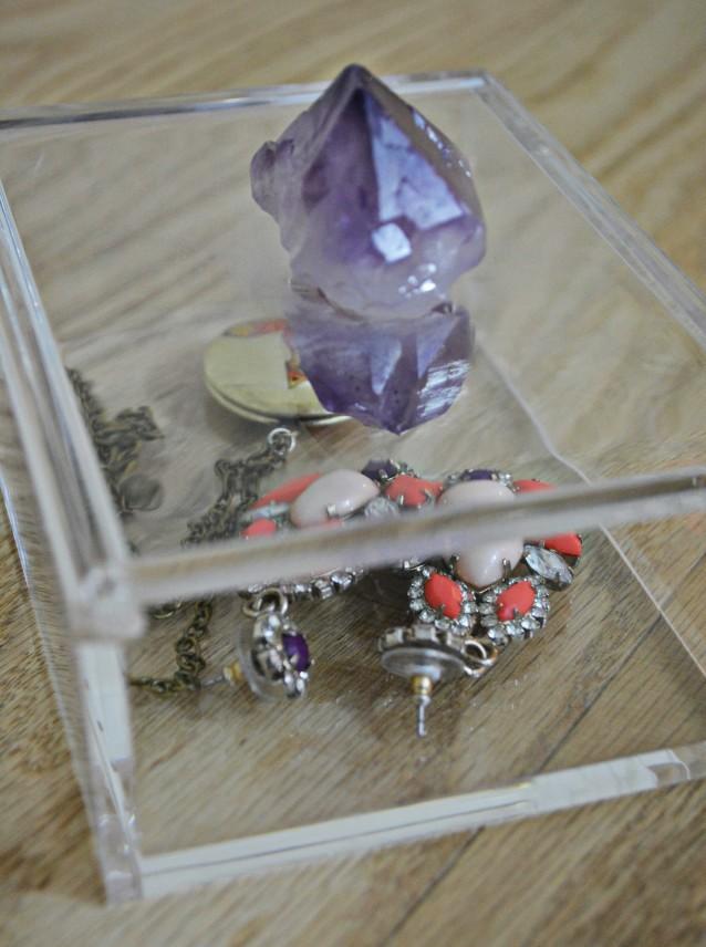 DIY Gem Jewelry Box | A Joyful Riot @ajoyfulriot