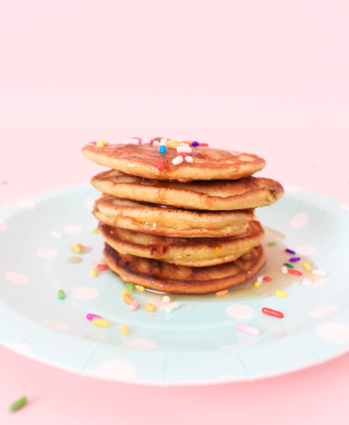 Grain Free, Sugar Free and Dairy Free Cake Batter Pancakes with a Buttery Glaze. Paleo, GAPS, vegan! | A Joyful Riot