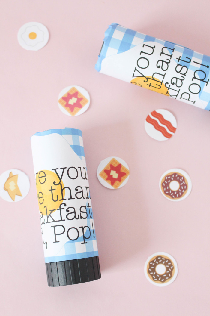 "Give Pop a confetti ""pop""per card for Father's  Day and tell him you love him even more than your favorite food! via A Joyful Riot"