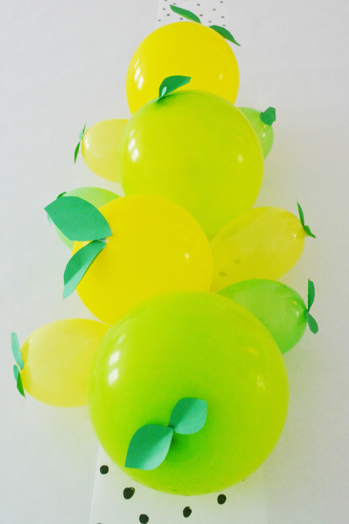 Lemon + Lime Balloon Centerpiece for a fruity party @ajoyfulriot