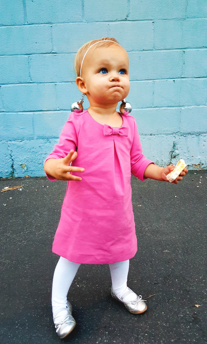Toddler Twiggy costume, perfect for your lttle ones with a baby amound of hair ajoyfulriot.com @ajoyfulriot-24