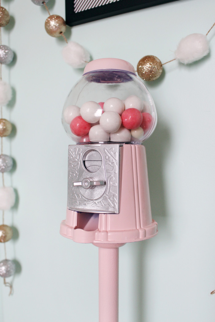 DIY gumball machine & stand ajoyfulriot.com @ajoyfulriot 2