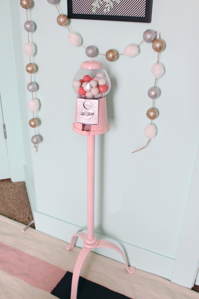 DIY gumball machine & stand ajoyfulriot.com @ajoyfulriot 5