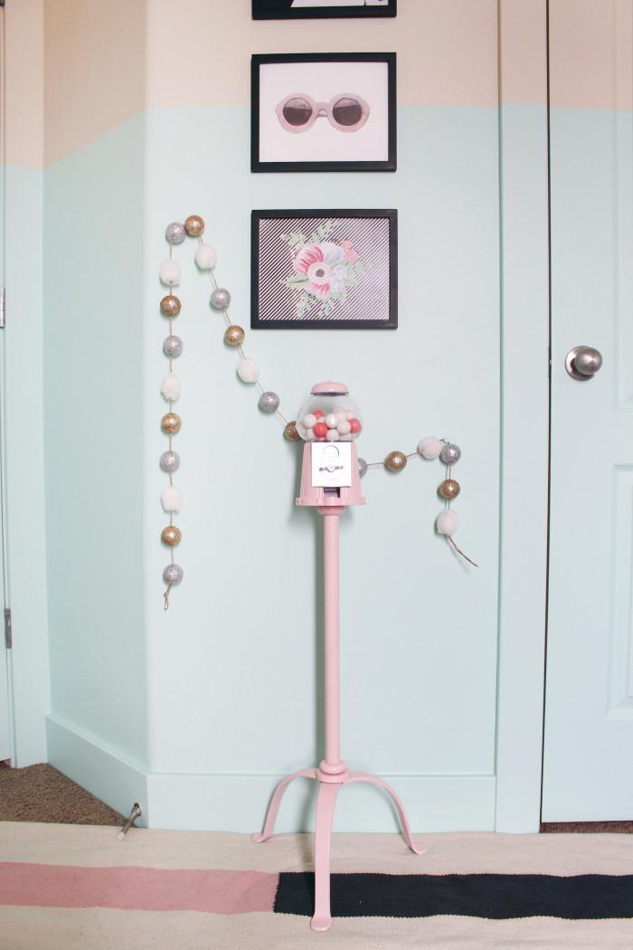 DIY gumball machine & stand ajoyfulriot.com @ajoyfulriot