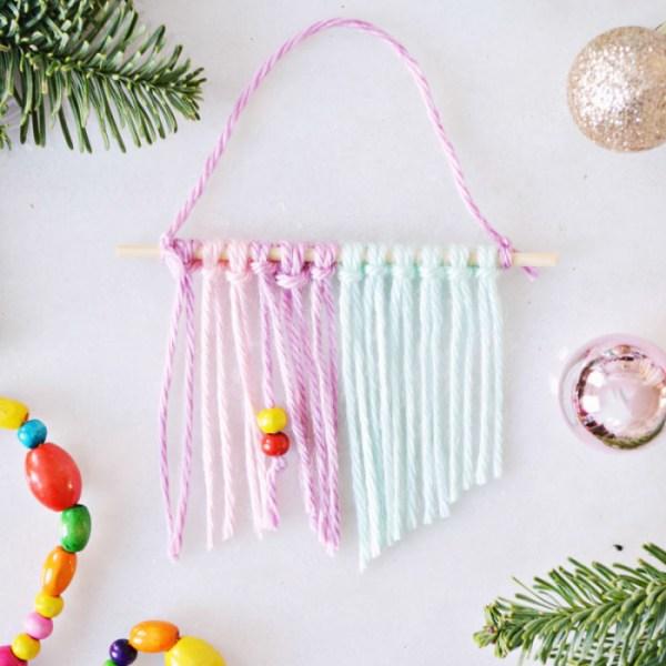 Mini Yarn Wall Hanging Ornaments | #swapthatdiy