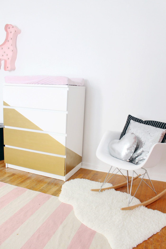 Black, white, pink nursery via ajoyfulriot.com @ajoyfulriot 17