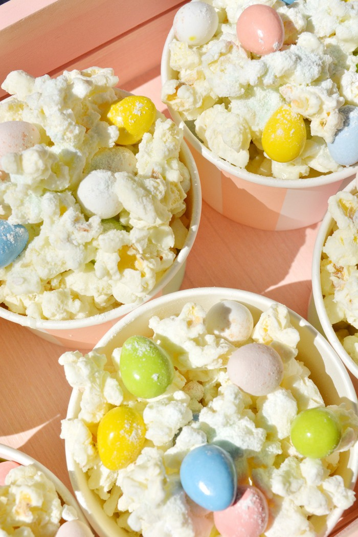 Easy Pistachio Easter Candy Popcorn Mix
