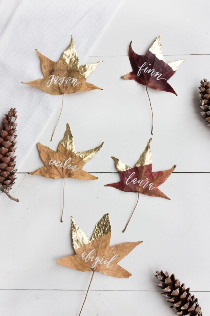 diy-thanksgiving-place-card-gold-leaves_1