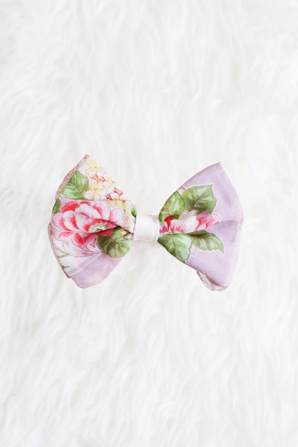 vintage handmade hairbows for littles from alittleriot.etsy.com