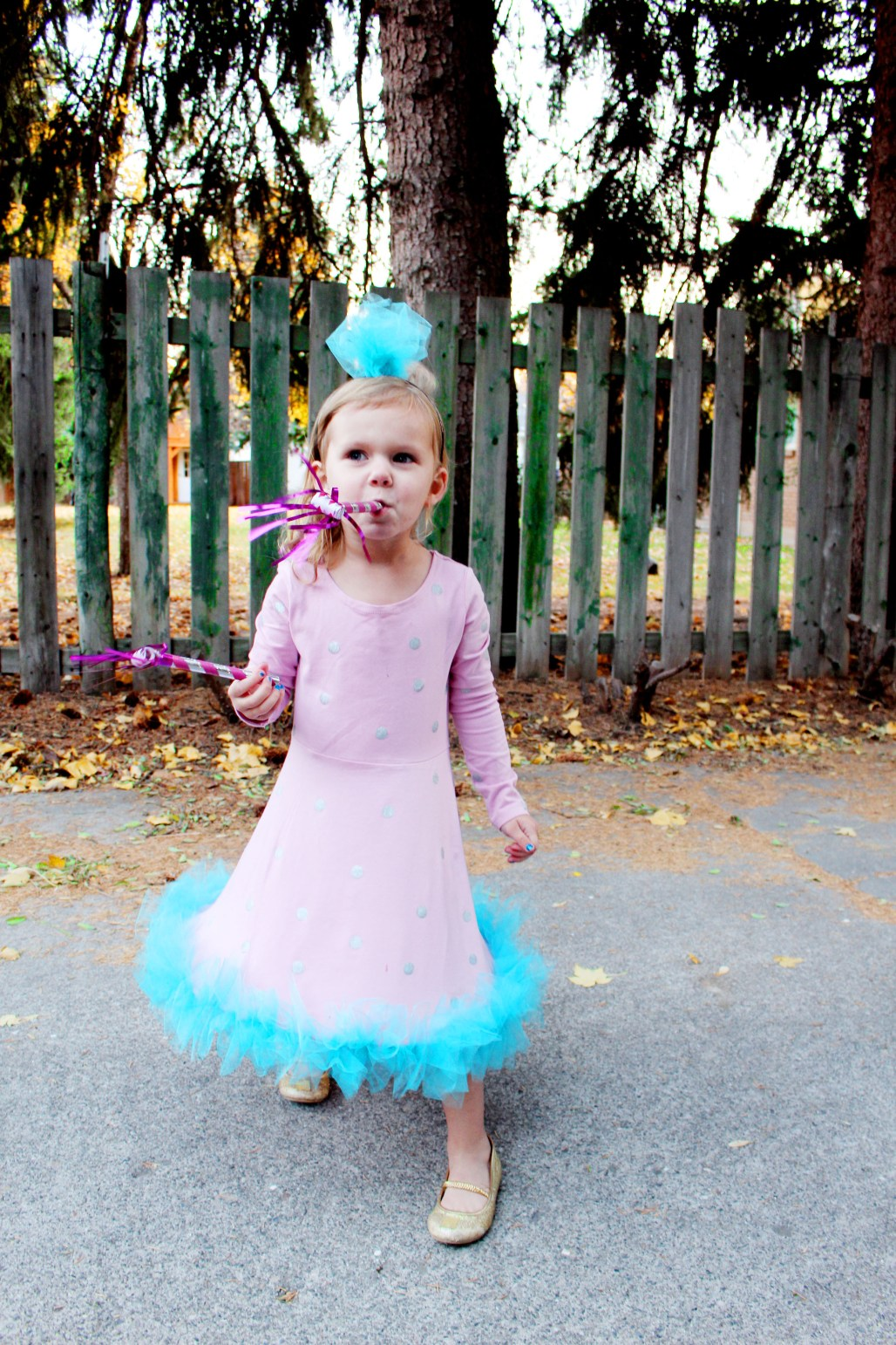 DIY birthday party hat halloween costume