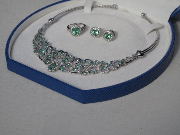 Blue Green Tourmaline Suite in 18K White Gold