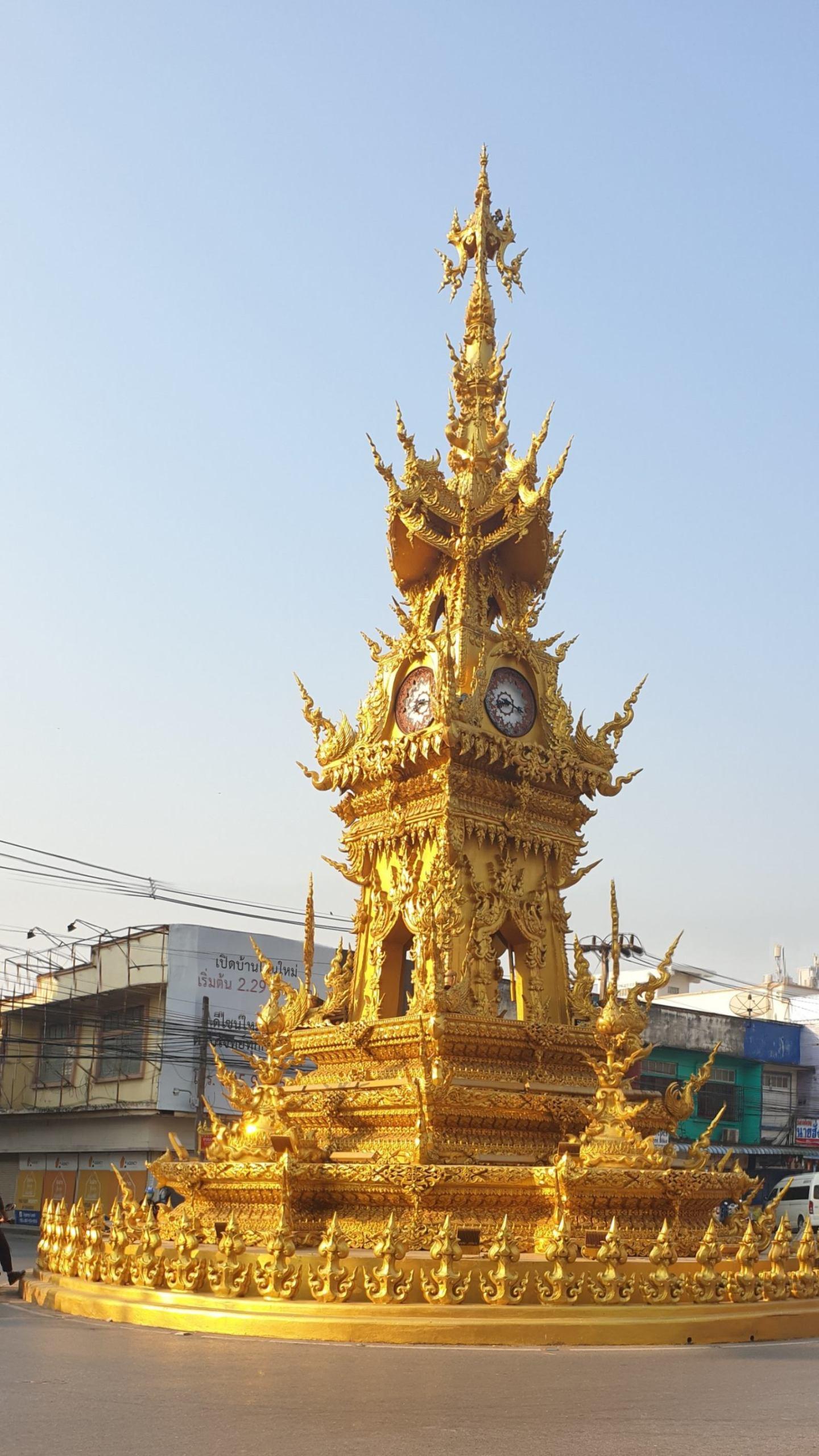 CHIANG RAI TRAVEL GUIDE clock tower