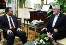 صورة وفد حماس يبحث بالقاهرة بدائل للأنفاق