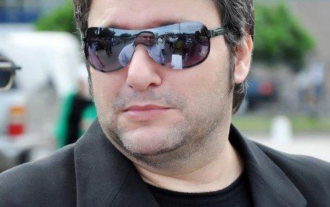 """الفنان علاء زلزلي يفقد طفلته """"قمر"""""""