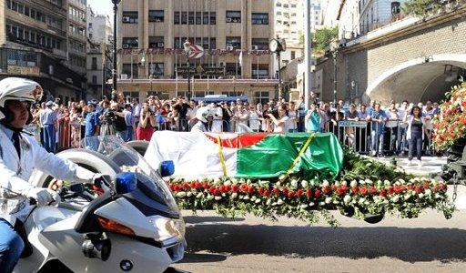 الجزائر تشيّع رئيسها الأسبق بن جديد