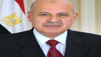 صورة نائب الرئيس المصري يتقدم باستقالته