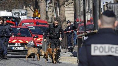 صورة انفجار طرد بريدي بمبنى صندوق النقد في باريس