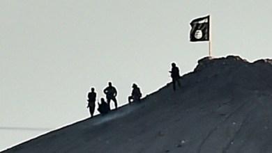 """صورة """"داعش"""" يفخخ مقابر الشهداء لاستهداف ذويهم"""