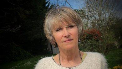صورة الكاتبة الفرنسية آن برت تنهي حياتها بالموت الرحيم