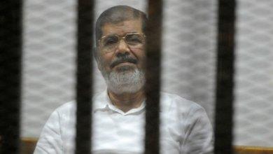 صورة المحكمة المصرية تقضي بالسجن 3 سنوات لرئيس المصري السابق محمد مرسي بقضية إهانة القضاء