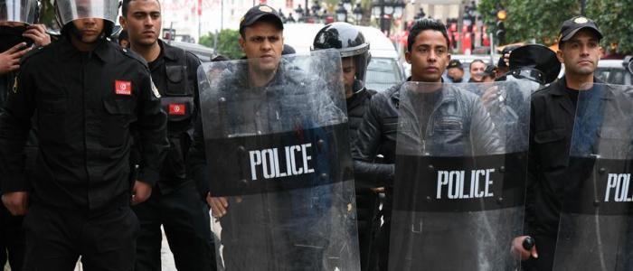 السلطات التونسية تعتقل 150 شخص من بينهم زعماء في المعارضة
