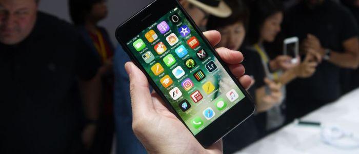 دراسات حول التوجهات الرقمية كل شخص يمتلك أكثر من 6 أجهزة إلكترونية