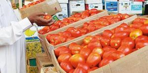 بسبب الاعتماد على ايران ..الزراعة تحمل التجار مسؤولية أزمة الطماطم