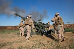 المدفعية الفرنسية تشن هجوما على داعش بالحدود العراقية هو الأعنف منذ حرب فيتنام