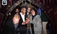 سيد رجب يحقق أمنية إحدى الفتيات ويقوم بدور أبو العروسة في زفافها…لحظات مؤثرة (فيديو)