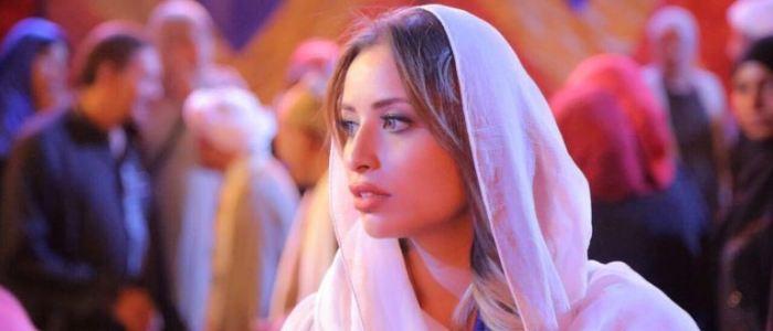 """نجمة ستار أكاديمي تعود بعد غياب: """"انا المهدي المنتظر.. ولدي رسالة سلام""""!"""