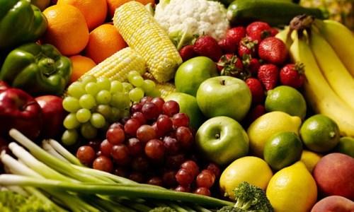 الخضروات والفواكه الربيعية: فوائد عجيبة تخلصك من الوزن الزائد