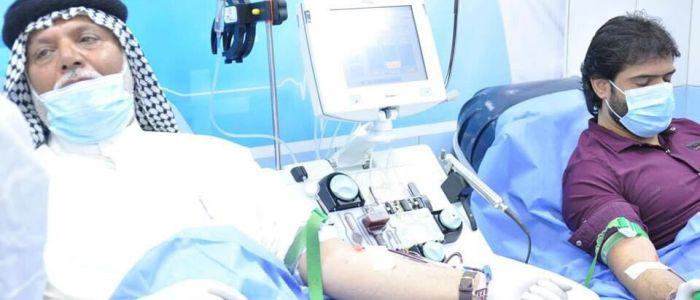 الصحة تباشر بتطبيق بروتوكول علاجي لمصابي كورونا بتقنية نقل البلازما