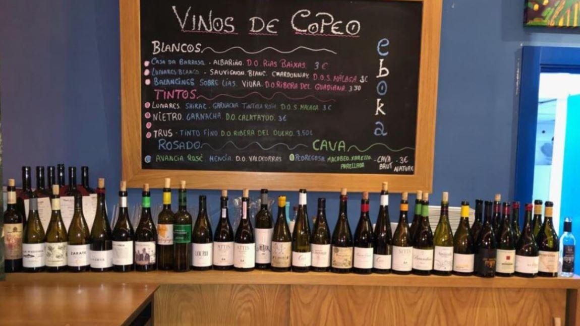 Galicia en 25 Vinos | Un viaje a Galicia a través de 25 de sus mejores vinos