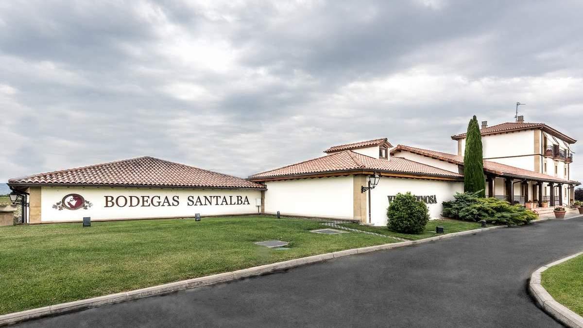 La Rioja de Bodegas Santalba: Tradición y vanguardia en un perfecto abrazo | AkataVino Magazine