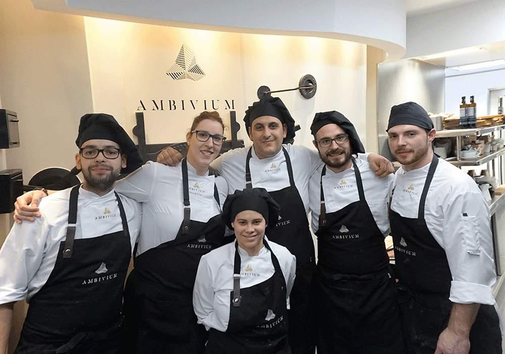 Equipo de cocina Restaurante Ambivium Bodega Pago de Carraovejas
