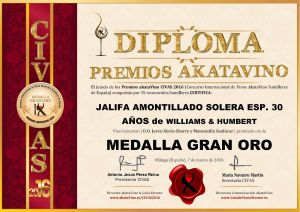 Jalifa Amontillado Williams Humbert Diploma Medalla GRAN ORO CIVAS 2016 © akataVino.es