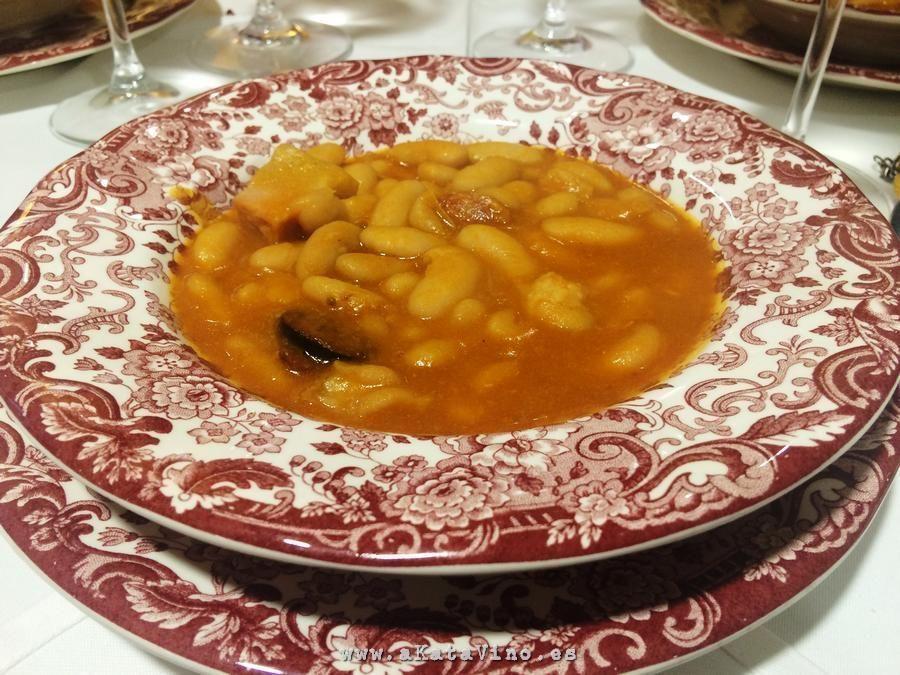 Restaurante La Bahia Alubias cuchara © akataVino