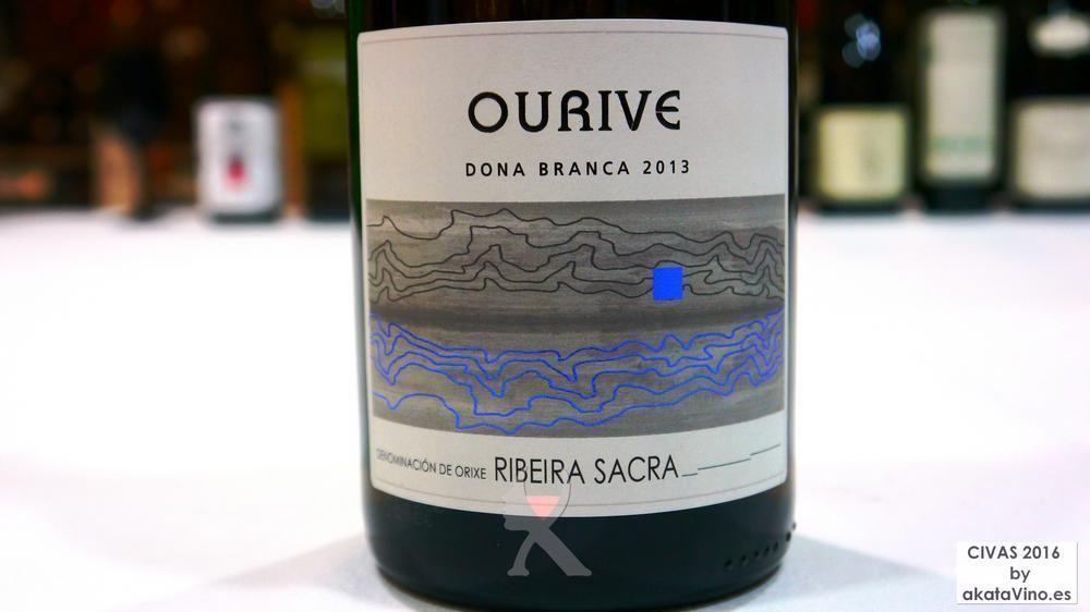 TOP 3 Ourive Dona Branca 95.5 puntos TOP 10 Mejores Vinos Revelacion 2016 © akataVino